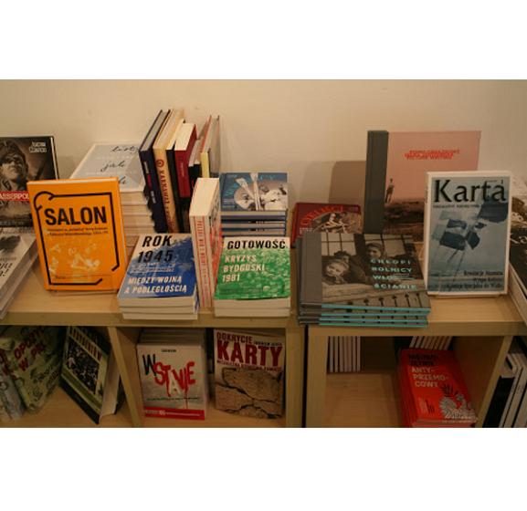 Bezpłatna wysyłka książek Wydawnictwa KARTA