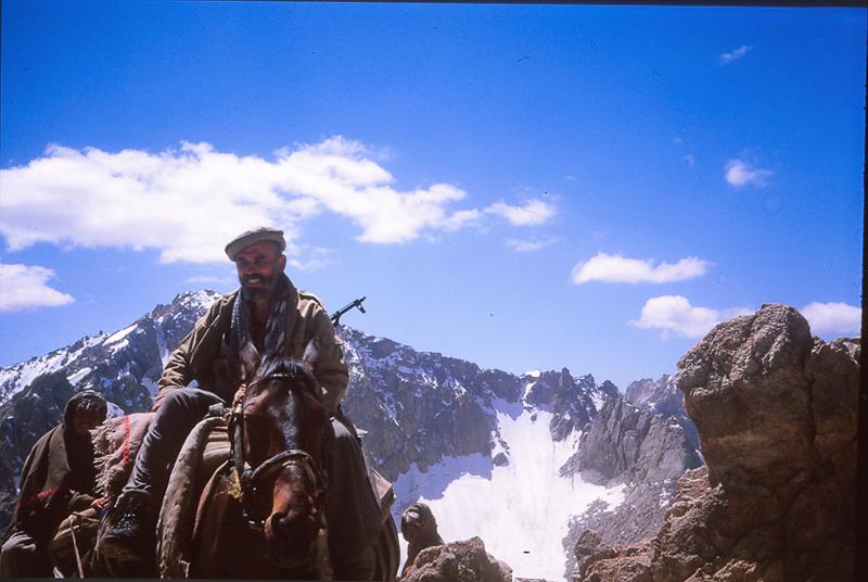"""Spotkanie """"Afganistan  – poligon świata. Polak wwalce zsowieckim imperium wAfganistanie (1985–87)"""""""